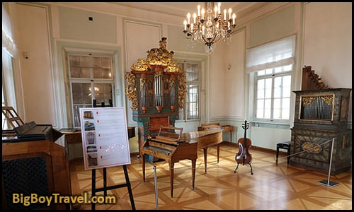 free Mozart Walking Tour In Salzburg Classical Music Locations Do It Yourself Guide - Mozart Family Residence House Wohnhaus guided tour